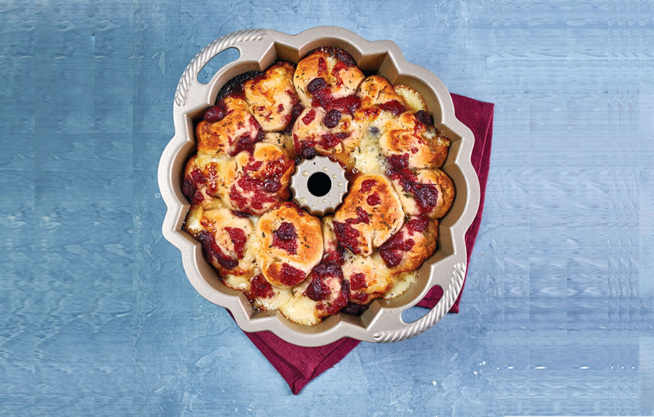 Cranberry and Brie Pull Apart Bread Recipe from Tasty