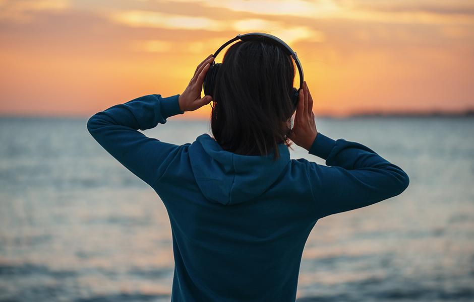 Listen Headphones
